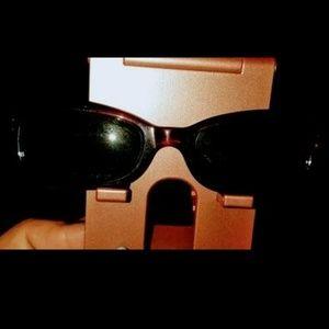 Accessories - TRADE Moschino sunglasses